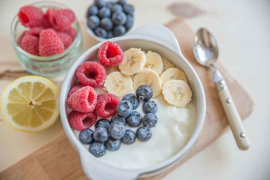 Wie viele Gramm Protein pro Tag, um Muskeln aufzubauen und Fett zu verlieren